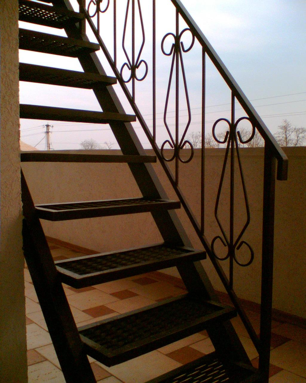 Лестницы из металла своими руками из трубы 695